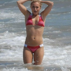 Hayden Panettiere red striped bikini