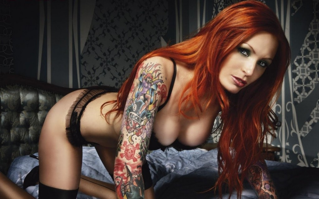 Redhead with tattoos,big boobs,redhair,bent over